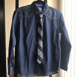 Other - Shirt with tie